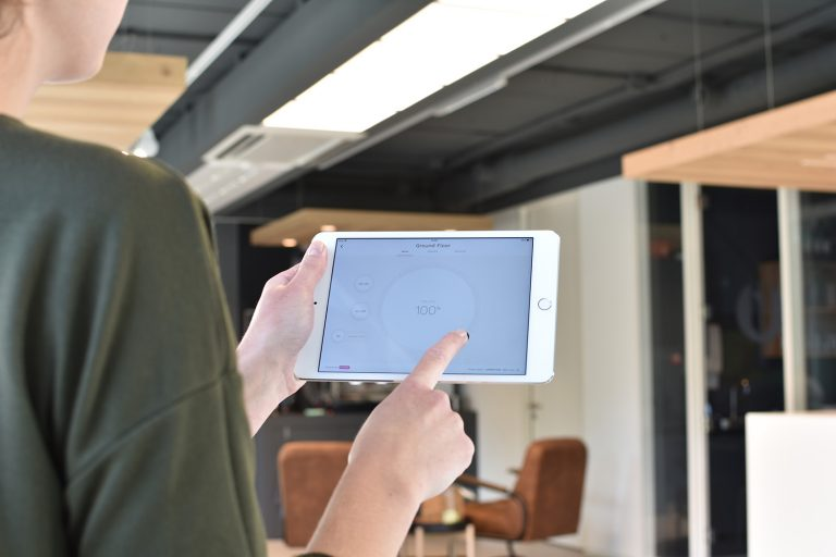 tabletwithluminaires